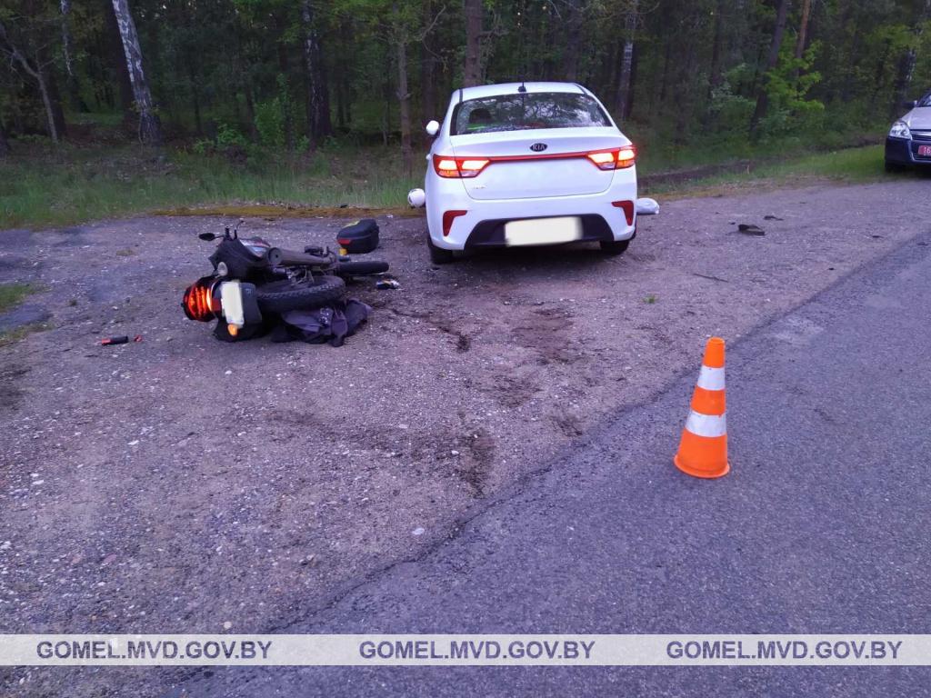 В Светлогорском районе произошло ДТП. Женщина-мотоциклист в больнице