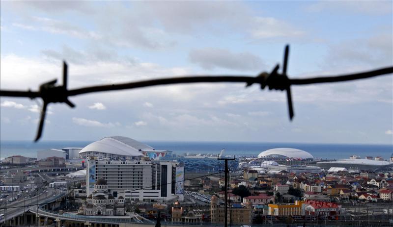 В Сочи из отелей выселяют российских туристов, которые вместо карантина поехали отдыхать