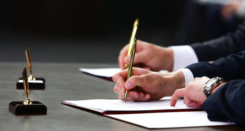 Гомельский госуниверситет и технопарк «Коралл» заключили договор о сотрудничестве