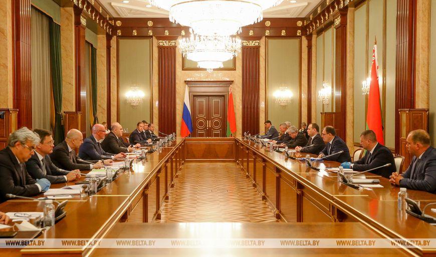 Премьер-министры Беларуси и России подписали документы в сфере энергетики
