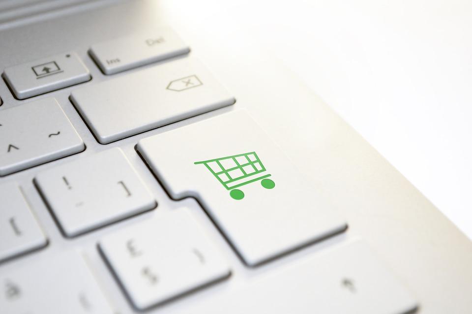 МАРТ: установление суммы минимального заказа при покупке в интернет-магазине нарушает права потребителей
