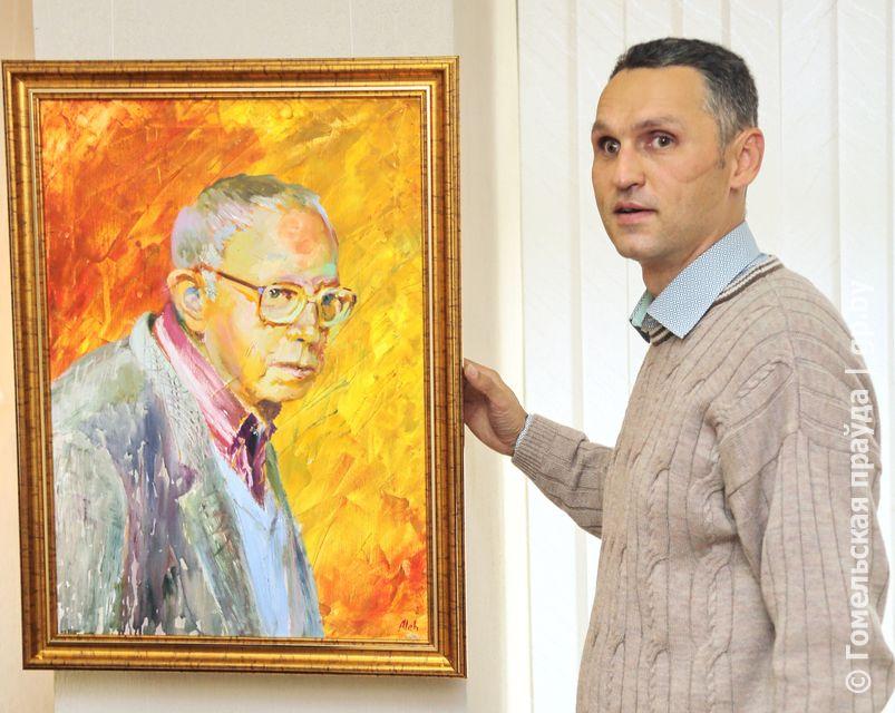 В Светлогорске открылась выставка картин Олега Курашова