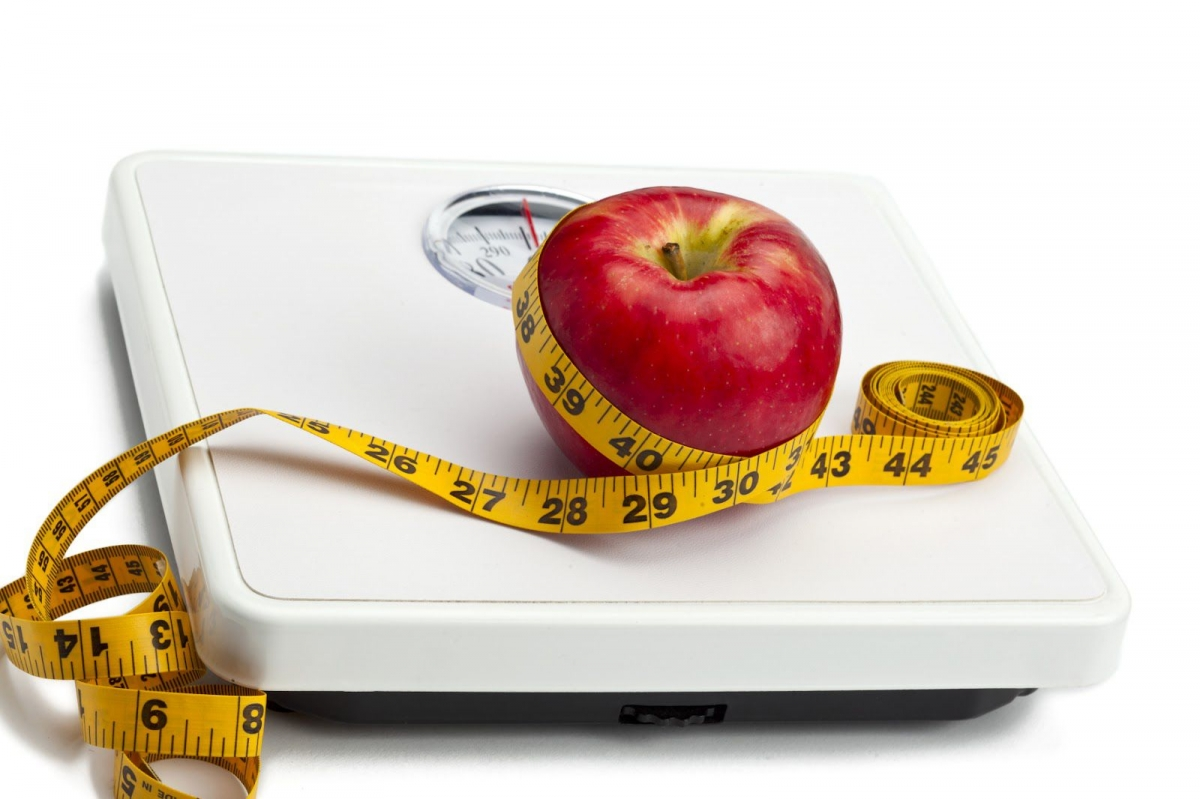 1385377216_hcg-diet-apple-and-scale.jpg